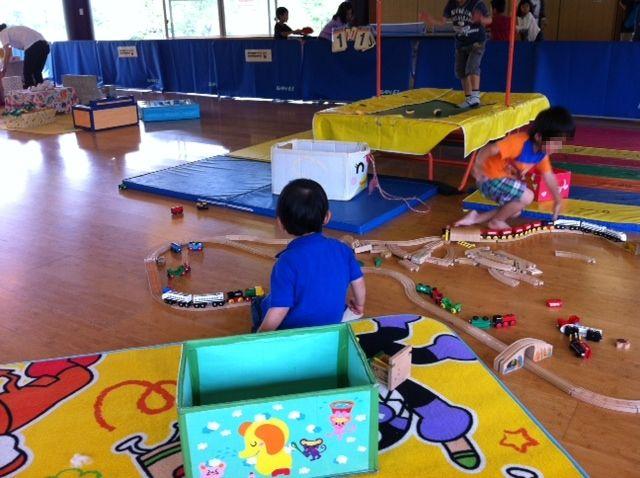 児童館は雨の日に子供と無料で遊べるのがいい。