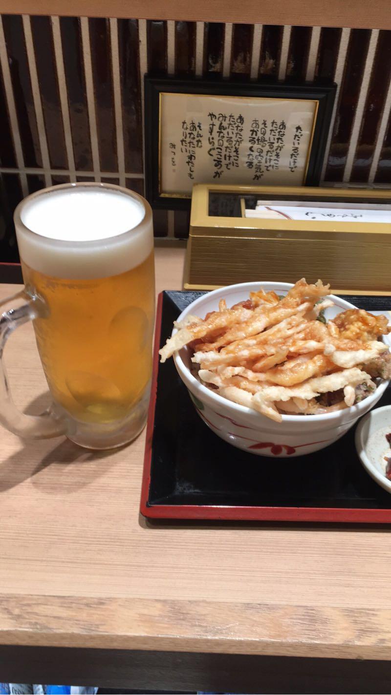 白えび亭で白えび天丼を食べる(JR富山駅きときと市場 とやマルシェ)